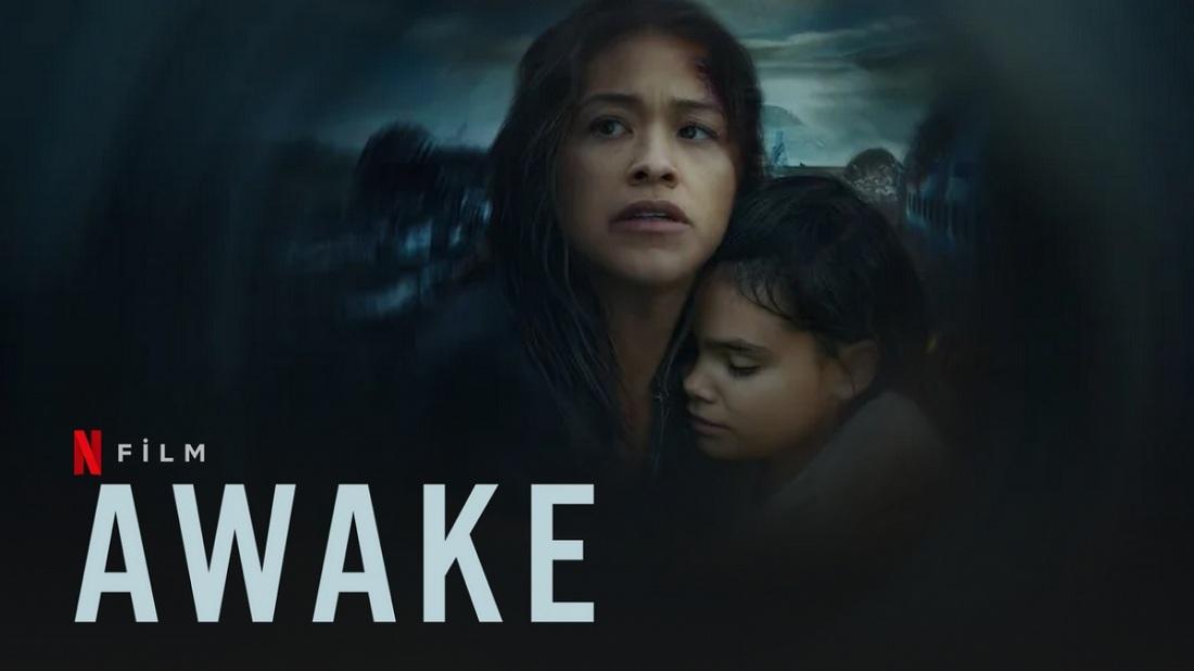 Review phim Awake: bộ sưu tập những tương phản tăm tối